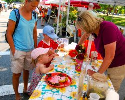 Why You Should Take Children to Farmers' Markets